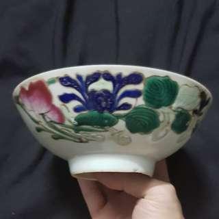 Sales old bowl. 粉彩花卉纹彩仙桃花卉春字大碗