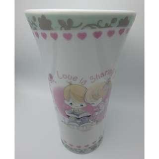 2009年 PRECIOUS MONENT CERAMIC VASE 陶瓷花瓶