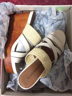 Lucky Brand White Summer Sandals