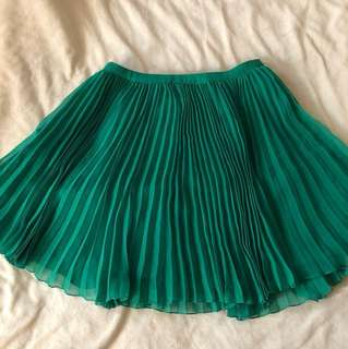 French Connection pleated skirt size 6