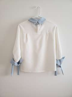 No name blouse with ribbon