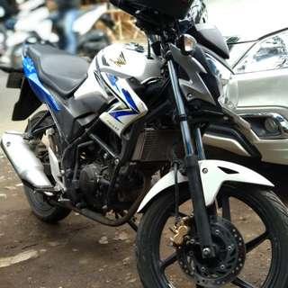 Motor cb 150R
