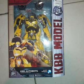 Transformers the last knight-wave 1 bumblebee