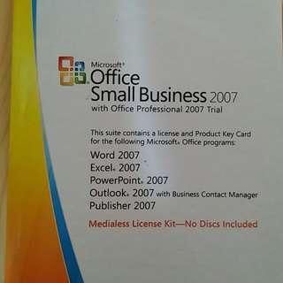 正版Office 2007 中英文版,支援Windows 7,8,10, 連安裝光碟,可用於公司