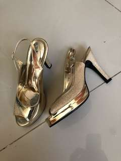 High Heels Party Gold Sepatu Pesta