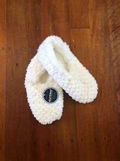 L sized sock shoes