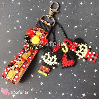 Personalised keychain with Perler/Hama Character- Mickey and Minnie inspired