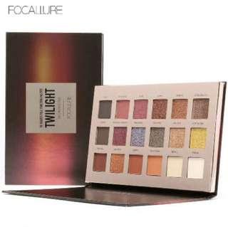 Focallure twilight 18 shades eyeshadow