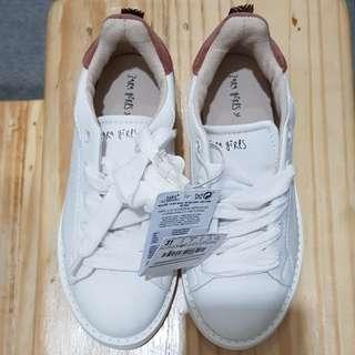 Zara girls sneakers