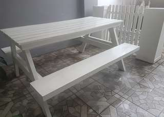 Wooden Picnic Table in Classic White