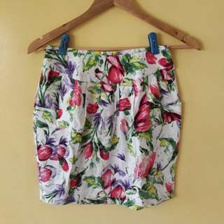 Must go! River Island Floral Skirt