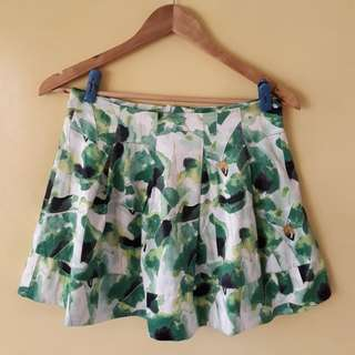 Must go! Green Skirt