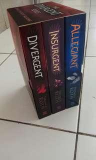 Divergent, Insurgent, Allegiant by Veronica Roth
