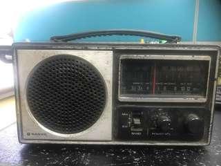Vintage Sanyo Radio