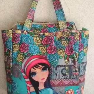Girl design shoulder bag