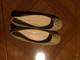 Charles and keith size 8