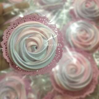 Meringue Rose Cookies Doorgift