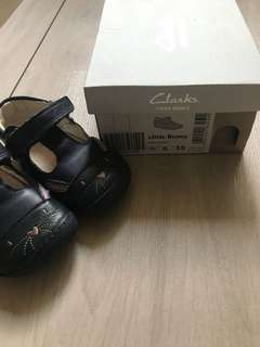 90% new Clarks Baby Shoes