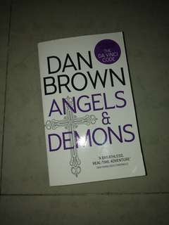 Dan Brown Angel & Demons
