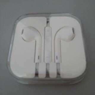 Fast Deal $20 - Brand New Autenthic Apple Earpods