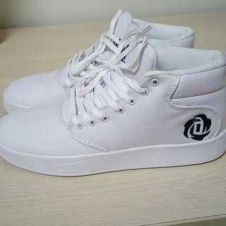 🚚 Adidas  D Rose Lakeshore