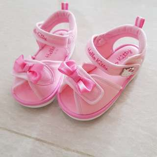Pink Hello kitty squeaky shoes