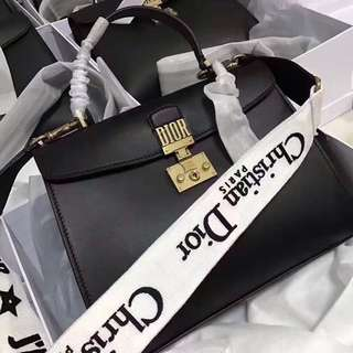 Christian Dior OL Tote (2 Straps) (Just look at the price without looking at quality.Please bypass,Tq)
