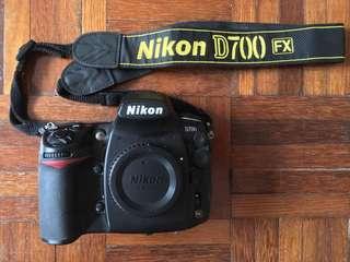 Nikon D700 (SC26K)