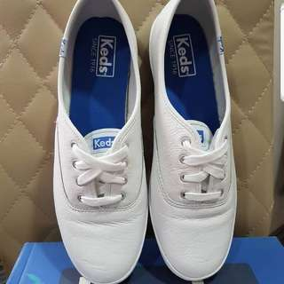 Keds Leather white shoes
