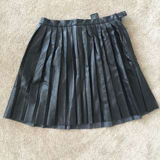 H&M leather look pleated skirt