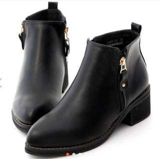 轉賣 D+AF熱銷款個性靴  41號 原價1780 5折優惠喲