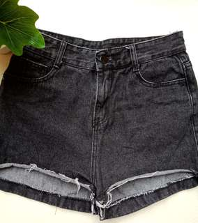 Black Highwaist Denim Shorts