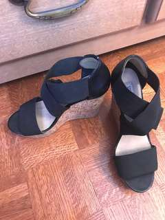 Steve Madden Wedges (7-7.5)