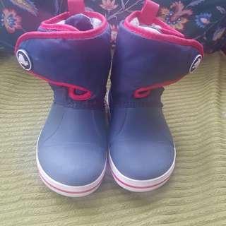 Authentic Crocs Snowboots