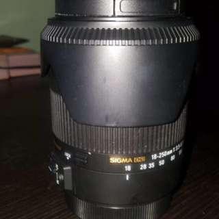 Lens 18-250mm Sigma