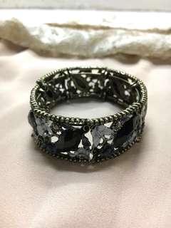 Black Stones Flower Bronze Bangle