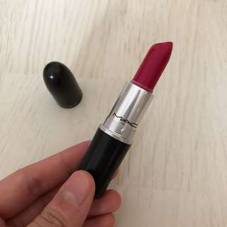 [ MAC ] Full fuschia lipstick 💄
