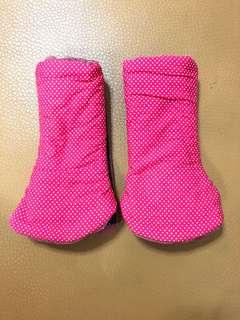 Tula curved drool pads pink polka dots