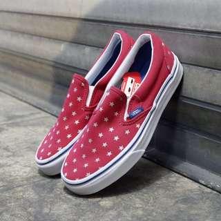 Vans Classic Slip on Star Dots Red (BNIB)