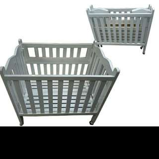 Foldable Baby's Crib