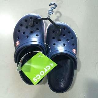 Brandnew Crocs J1