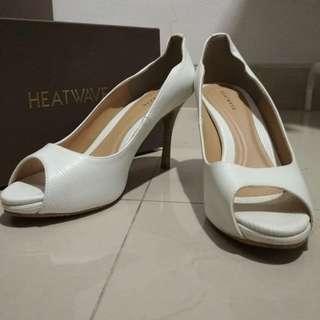 Sepatu heels heatwave ori