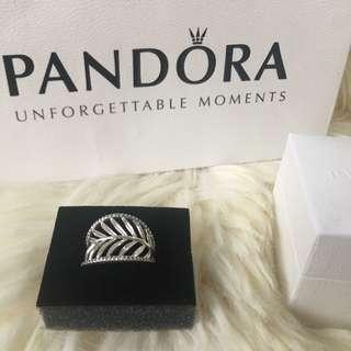 SALE‼️ON HAND‼️ Pandora Tropical Palm Ring   Size 54   1 pc avail