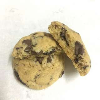 Chewy Chocolate Chip Cookies / Truffles