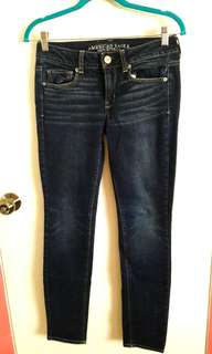 AMERICAN EAGLE stretchable skinny jeans 2