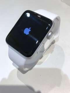 Apple Watch Sevies 2 42mm 銀色(連充電線)SH010708