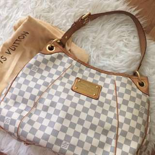 [SOLD]Lv Galliera