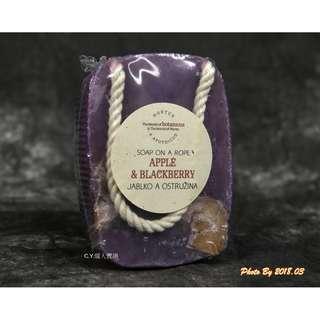 🚚 捷克 BOTANICUS(菠丹妮/波丹尼) 蘋果黑莓手工皂/香皂/肥皂 190g 懸掛式塑膠膜包裝