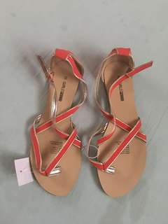 CORAL GOLD SANDALS