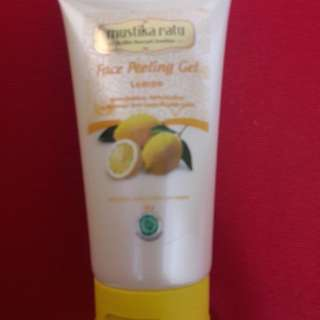 Preloved Face Peeling Gel Mustika Ratu Lemon